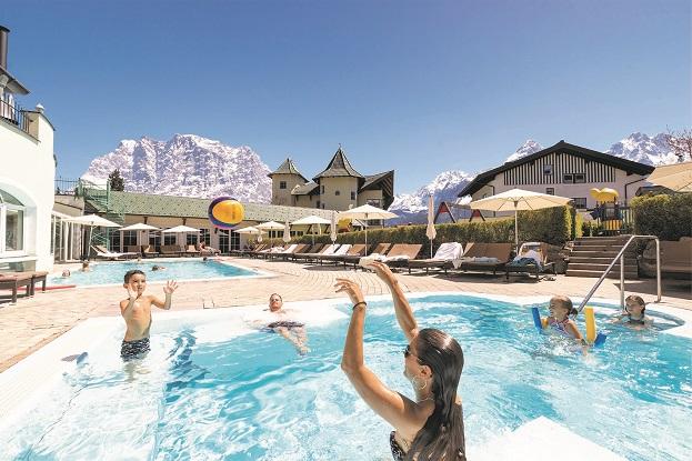 Leading Family Hotel & Resort Alpenrose, Badelandschaft